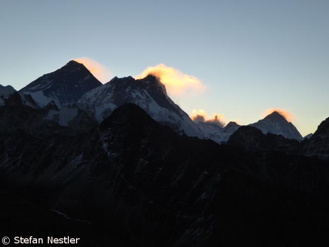 Drei 8000er auf einen Blick: Everest, Lhotse, Makalu (v.l.n.r.)