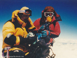 George Dijmarescu and Lhakpa Sherpa on Everest