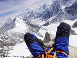 K2-Westgrat - Mit Socken in der Sonne