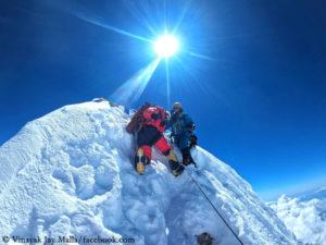 """True Summit"" of Manaslu"
